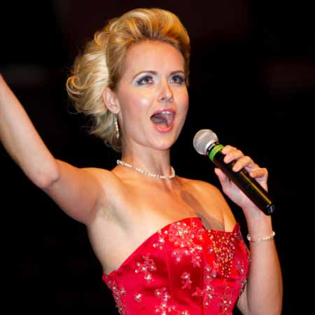 Nicolette Holman - Opera & Jazz Singer