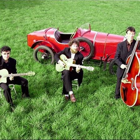 Roul Hot Trio