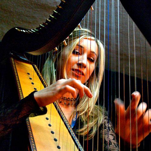 Elena Aker - Harpist