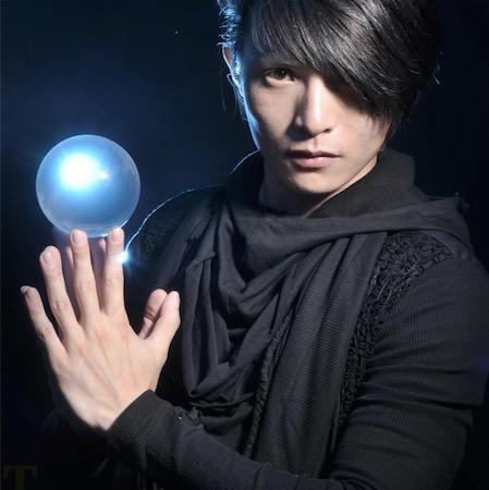 曹稚寅 Cao -Crystal Ball Juggler - Beijing