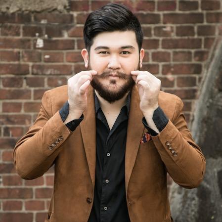 Jonio Weird Beard Magician - Japan