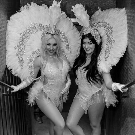 Pastiche - Walkabout Vegas Showgirls
