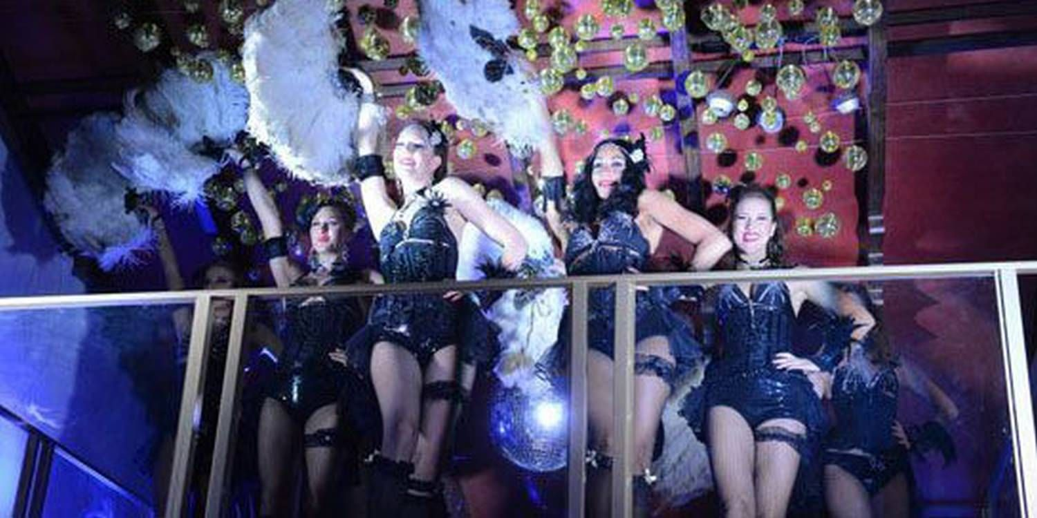 Scarlett Burlesque Girls Show They Have What IT Takes To Get The Party Started!