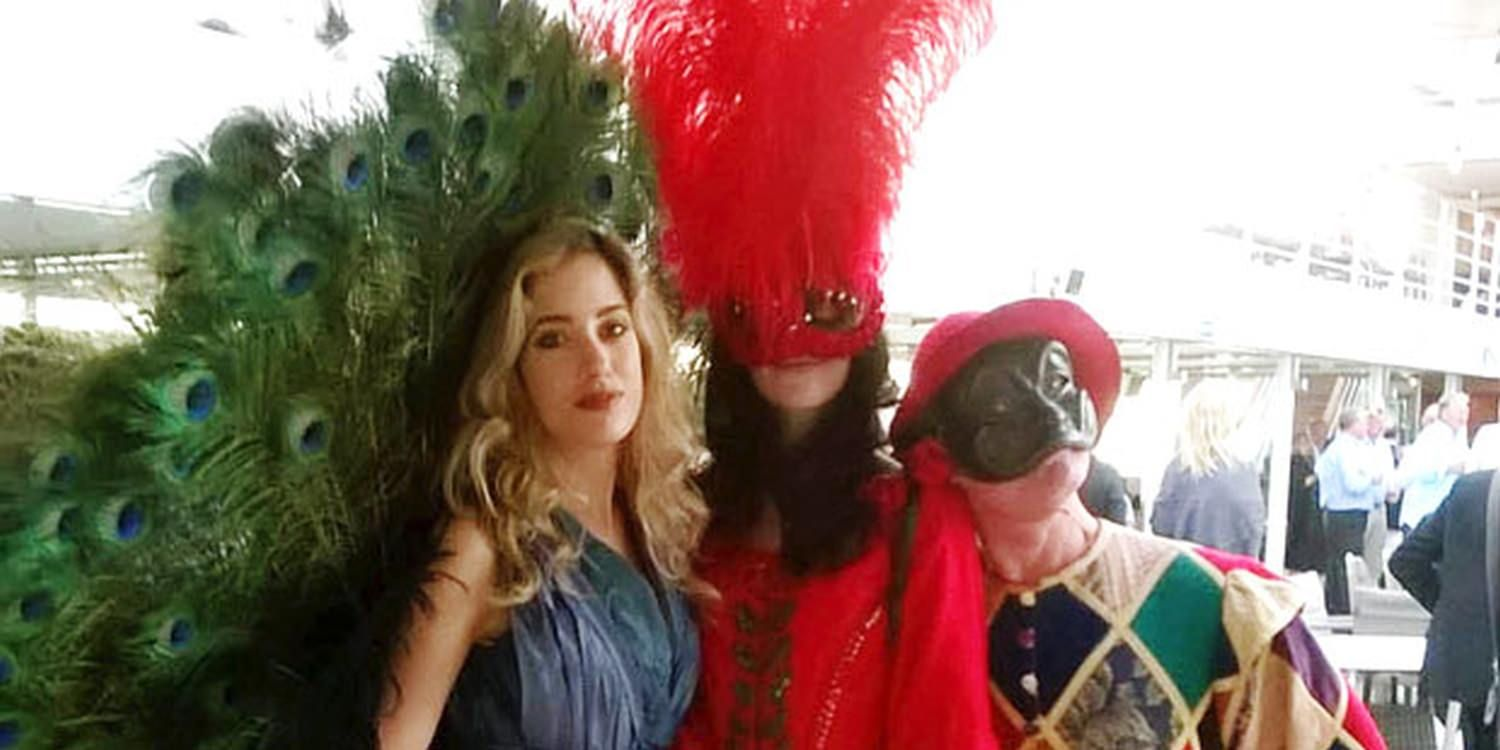 Walkabout Performers Bring Carnival Onboard In Venice