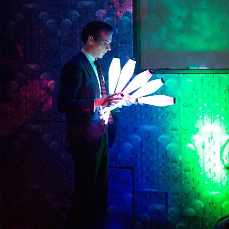 Florian Brooks - Glow Juggling