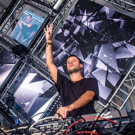 DJ Chris Metcalfe
