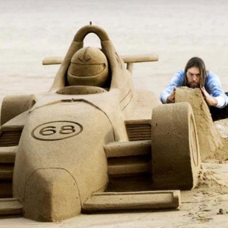 Paul Hoggard & Remy Geerts - Sand Scupltors