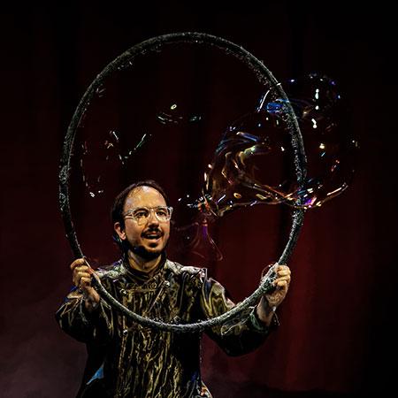 100% Bubbles - David Vega