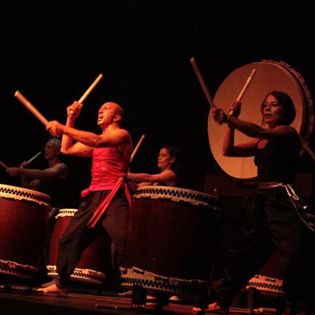 Bujin Taiko Drummers