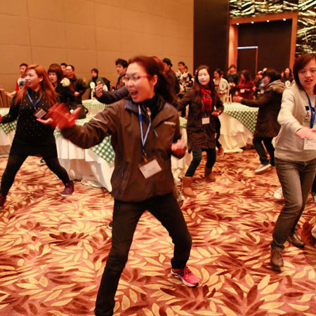 Team Building Asia - We Can Do