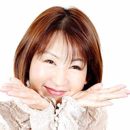 Naomi Suzuki - Japanese Singer