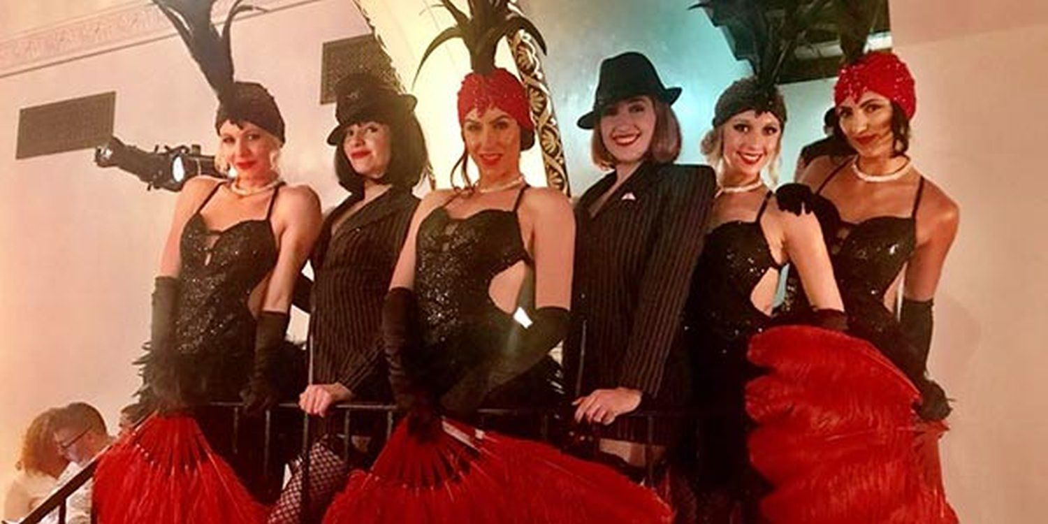 Great Gatsby Themed Performers Dazzle At Long Beach Event