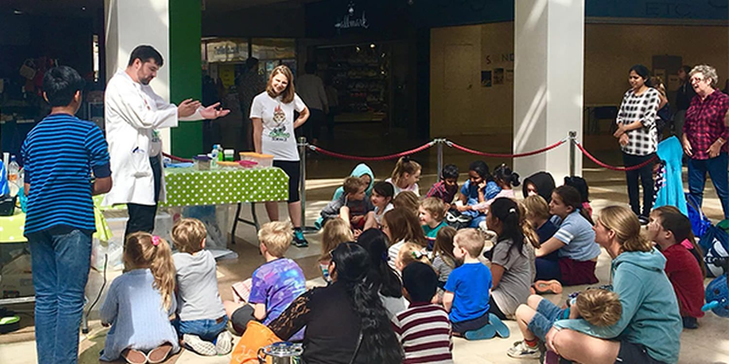 Children Experience Science First Hand At Kennet Shopping Centre