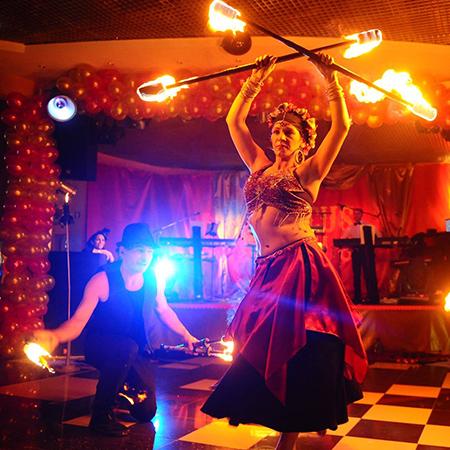 Quideia - Fire Shows