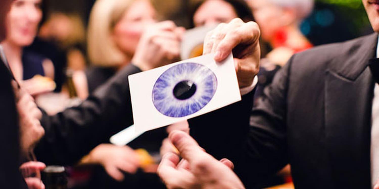 Eye Art Photographer Fascinates Office