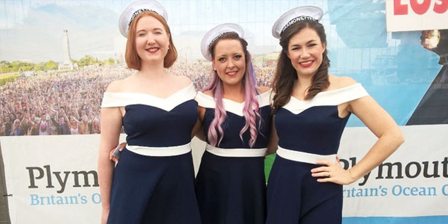 Vintage Trio Entertain At Plymouth Armed Forces Day