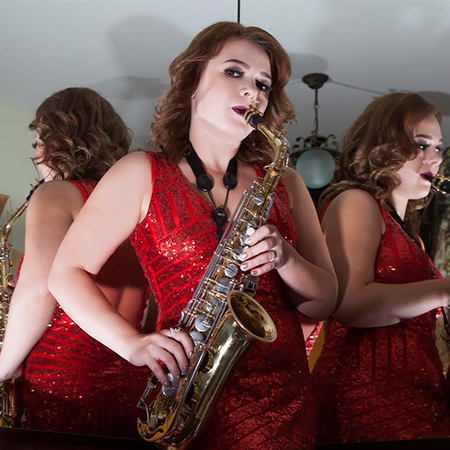 Alina Bezruk - Sax player