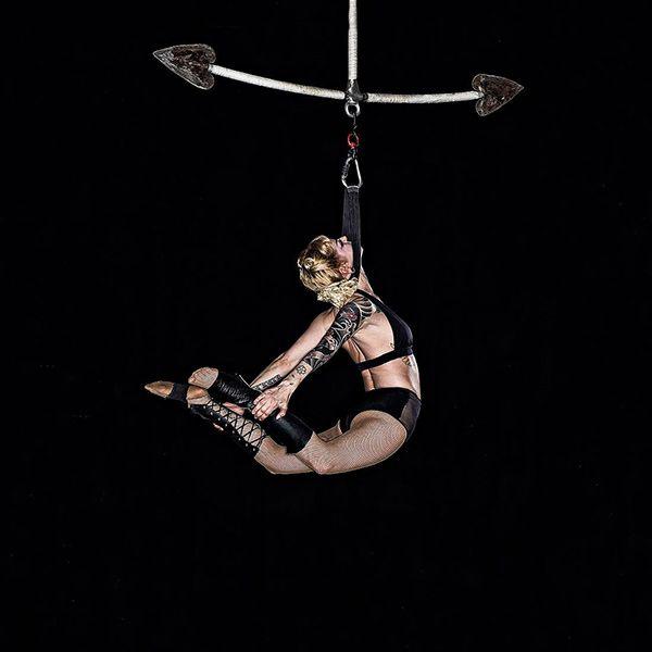 Emily Cage - Aerialist