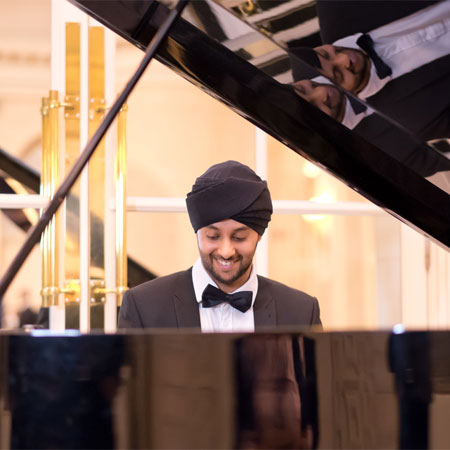 PianoSingh