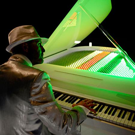 Sonic Light Piano