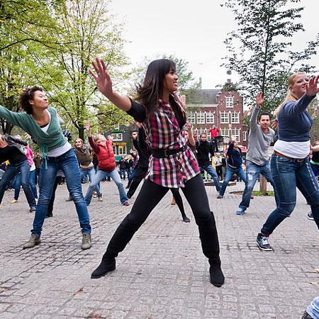 Ready2Dance - Dance flashmob Amsterdam