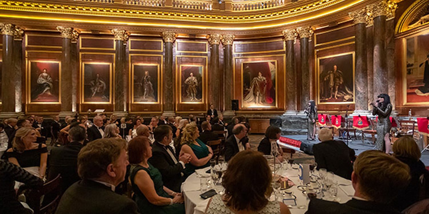 Classical Vocalists And Keynote Speaker Lauded At Corporate Gala Dinner In London