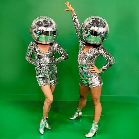 Mirror Head Dancers