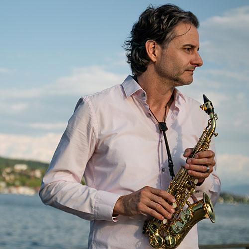 AWI - Saxophone Didgeridoo DJ