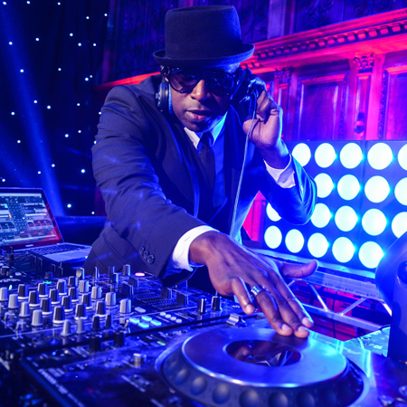 DJ Knight - The Eclipse DJ Live Show Band