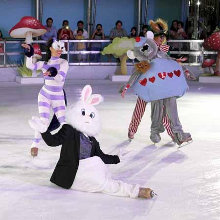 Wonderland on Ice - Ice Glitz Productions