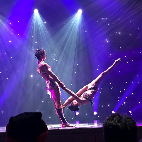 Dance Circus - Jugglers/Acrobats
