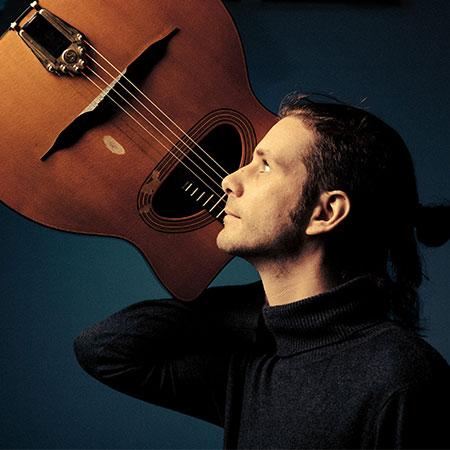 Filippo - Solo Gypsy Jazz Guitarist