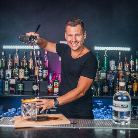 Vlad - Virtual Flair Bartender