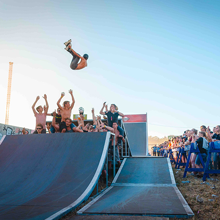 "Sven Boekhorst - Skate / bmx show ""MIIND THE GAP"""