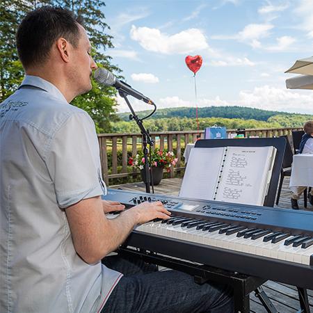 Musik Hunziker - Pianist & Singer