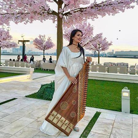 NagHam - Female Qanunist