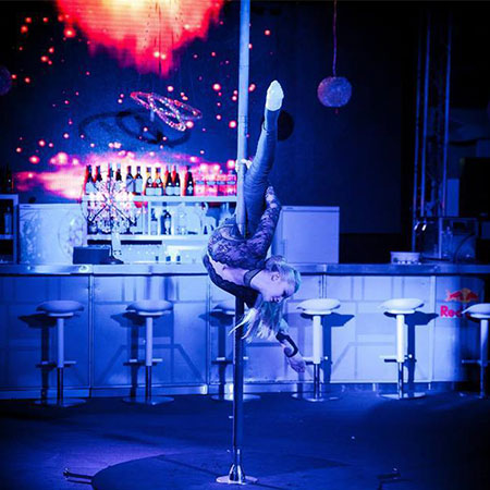 Svetlana Wottschel - Pole Dancer