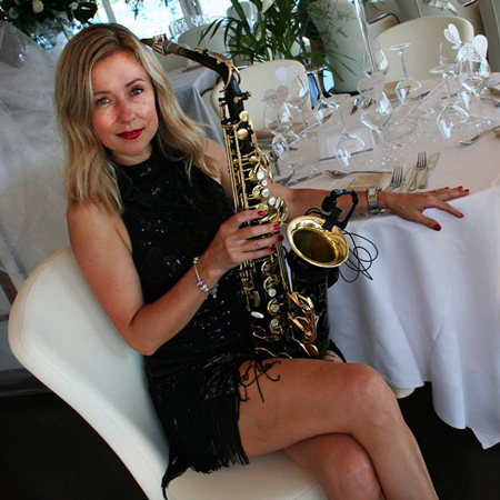 Elena Gautier - Chanteuse & Saxophoniste