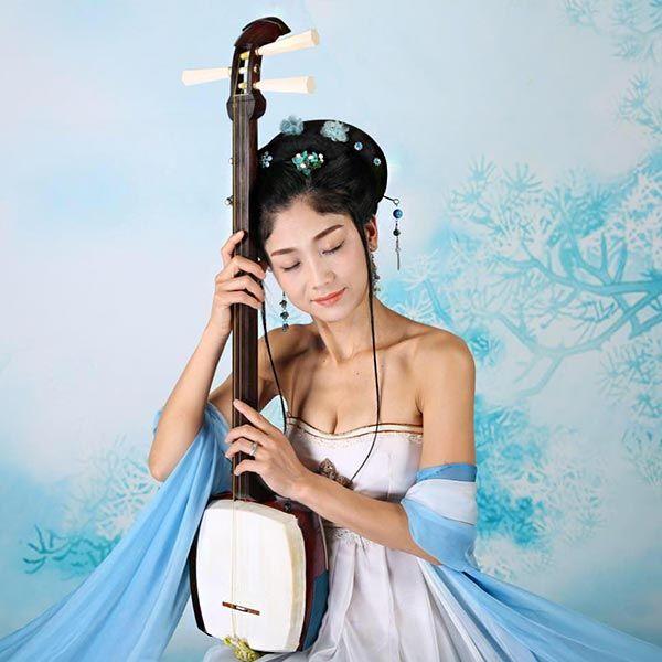 Noriko Tadano - Shamisen Musician