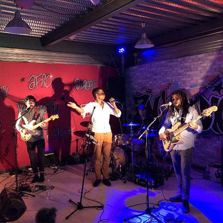 Soulbirds - Funk Band
