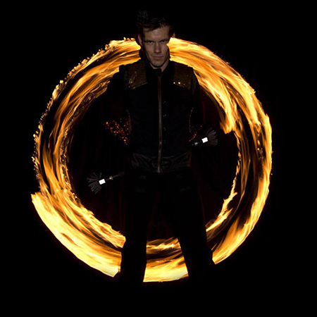 Glowballz - Fire Poi Performers