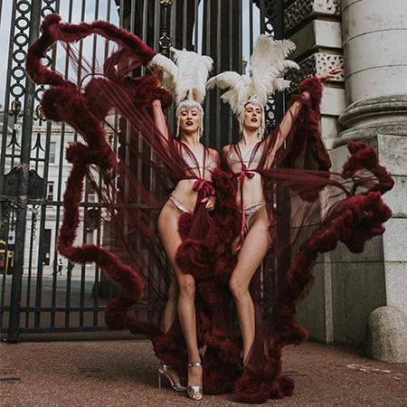J'adore La Vie - 1920s Fashion Showgirls