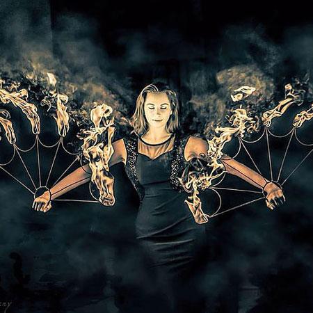 Lila Chupa-Hoops - Fire Act