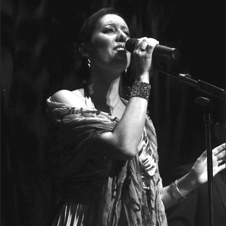 Daniela Guardo - Singer