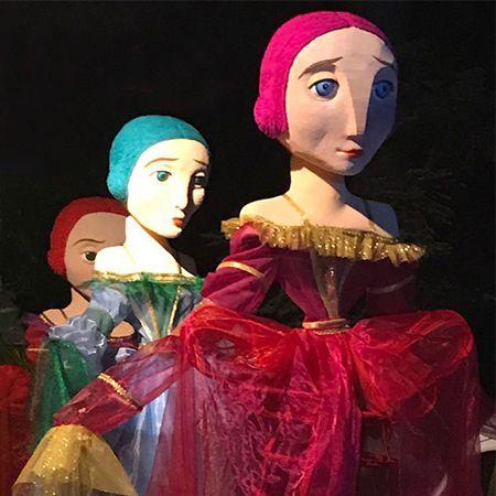 Yera Teatro - Meninas (giant dolls)