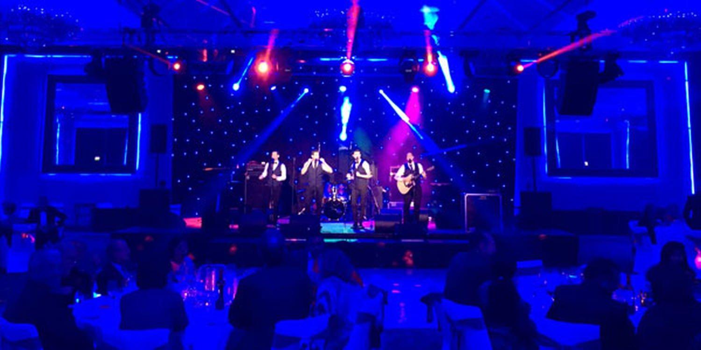All Male Vocal Group Amaze In Dubai