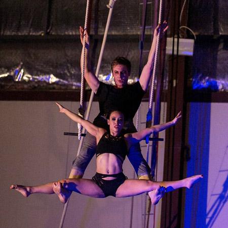Lydia Koh - Duo Trapeze