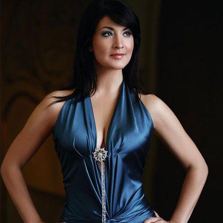 Antonela Malis - Opera Singer