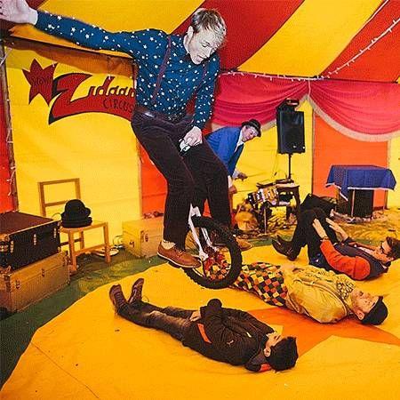 Lucas Jet - Circus Performer