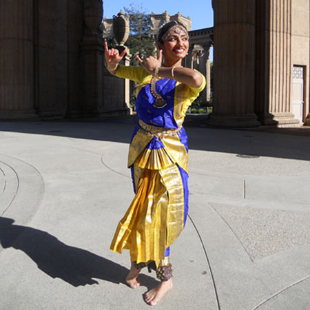 Mayuri Bhandari - Indian Folk Dancer